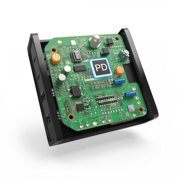 Зарядно 220V HAMA Universal, USB-C, 5-20V/65W, Power Delivery (PD), Черен